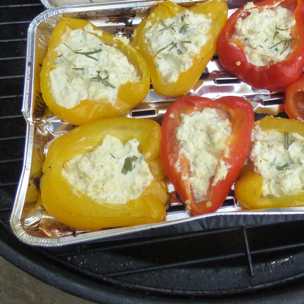 Rezept: Gefüllte Paprika mit Käse vom Grill 1