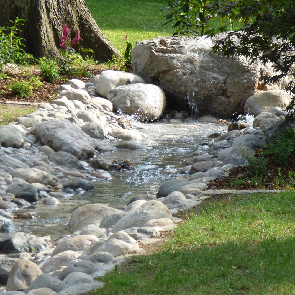 Bachlauf Garten