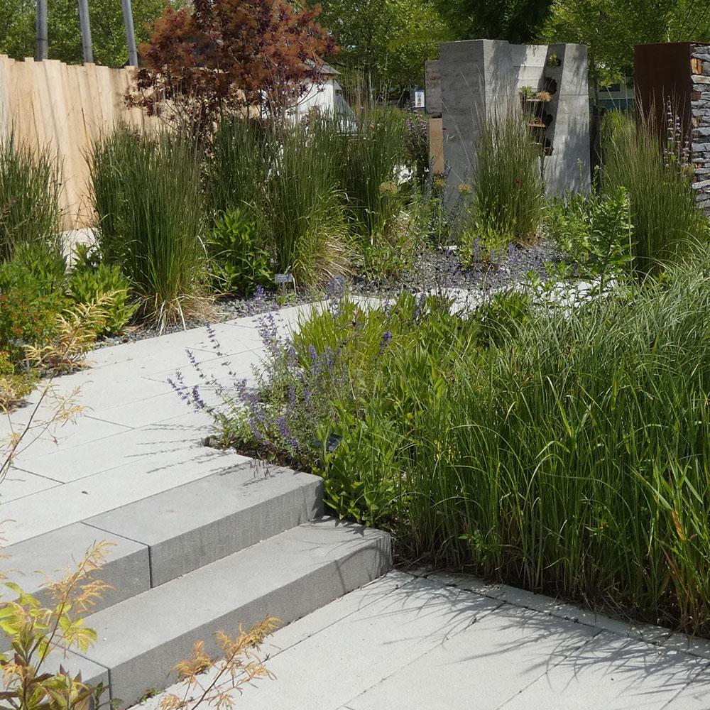 Garten naturnah und pflegeleicht