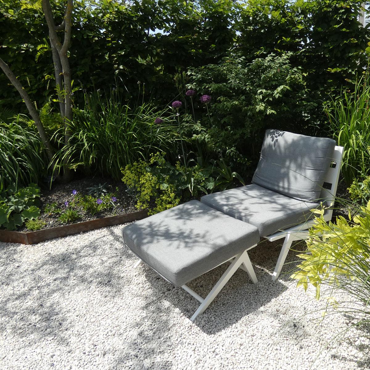 Gartengestaltung modern, naturnah und pflegeleicht