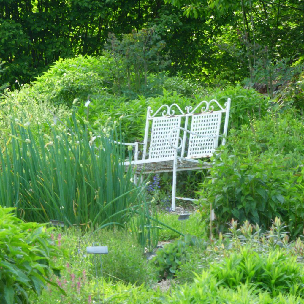 Romantik pur: einen verwunschenen Garten anlegen 12
